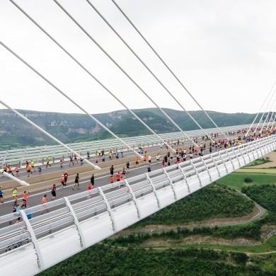 Ça court sur le viaduc ©A.Trompeau